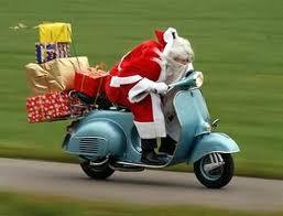 Papa Noel modernizado...tirando de caballos de potencia