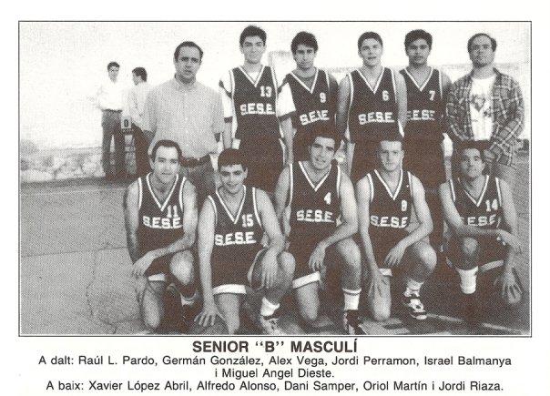 El numero 6..mi  numero de siempre, en mi club de siempre...en un equipo que consiguio ascender de categoria..jugando en un campo lleno de sueños de la C/Santanyi