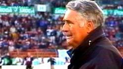 Jack Bicknell el coach de los dragons