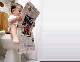 Practica habitual en el baño...leer el periodico