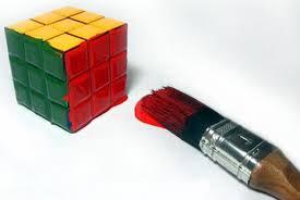fuente: http://armonia-monica.blogspot.com.es/ El madrid soluciona el cubo con su talento...el barça con ingenio y trabajo en equipo