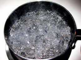 agua hirviendo...en las pelotas se la tiraba yo...y lo dejaba a fuego lento una horita