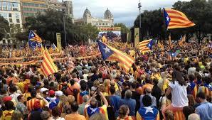Catalanes manifestandonos...