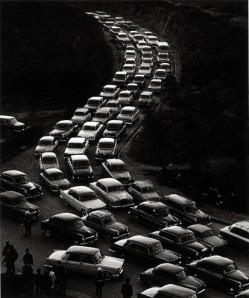 Caravana de coches...un suplicio sufrirlas