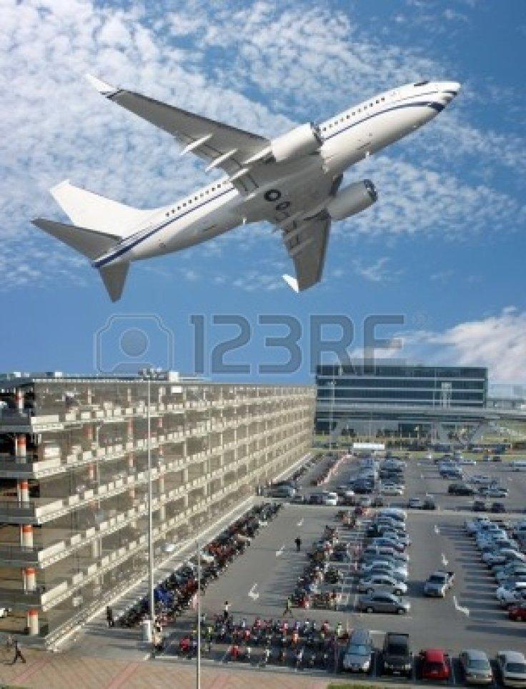 2355268-aeropuerto-internacional-de-bangkok-tailandia
